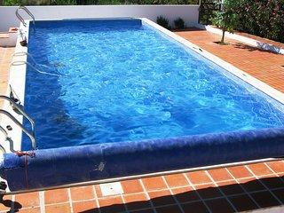 AVS10V3 Casa de campo c/ piscina, em frente à barr