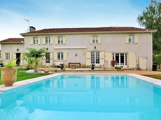 5 bedroom Villa in Nassiet, Nouvelle-Aquitaine, France - 5714987