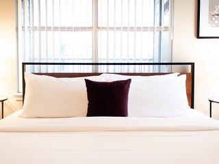 Dormigo Cozy Two-Bedroom 5-minute drive from Colorado River