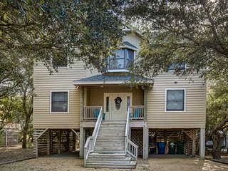 Salty Sandpiper | 975 ft from the beach | Dog Friendly, Hot Tub