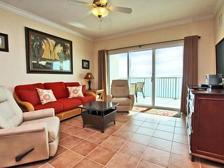 Crystal Shores West 904