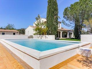 3 bedroom Villa in Pont de Crau, Provence-Alpes-Côte d'Azur, France - 5716027
