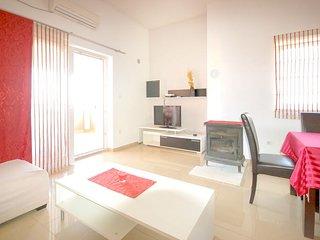 3 bedroom Apartment in Malinska, Primorsko-Goranska Županija, Croatia - 5583556