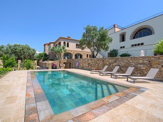 6 bedroom Villa in Benagil, Faro, Portugal : ref 5716033
