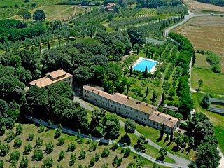 2 bedroom Apartment in Molino del Roglio, Tuscany, Italy : ref 5715855