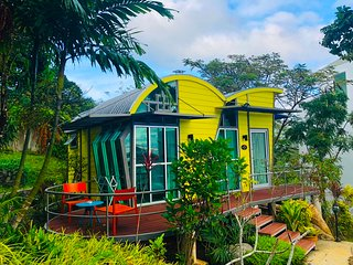 Amazing studio with beautiful garden view