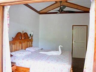 BLUE ORCHID chambre d'hôte - Chez Beryl