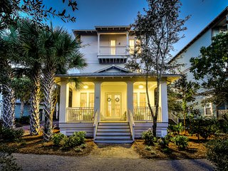Sea la Vie 30A Seacrest Beach 5 Bedroom Master Suite w/Carriage House!