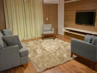 Residencial Garibaldi II - 150 metros da Rua Coberta