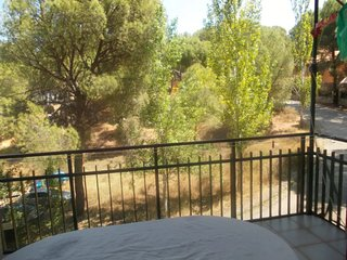 Spacious apartment in San Martín de Valdeiglesias with Parking, Washing machine,