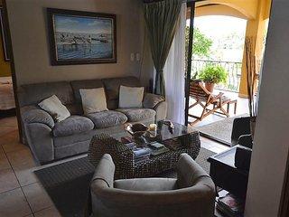 3 Bedroom Luxury Condo in Small Complex
