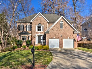 NEW! Family Home Btwn Greensboro & High Point Univ