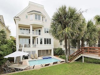 3 Guscio Way - Oceanfront 6 Bedroom Forest Beach Home