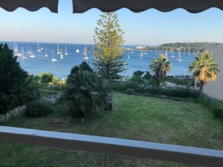 ★Luxury apartment  w/ sea view, garden, parking.★