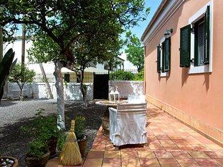 ★ Casa Paleopolis near Royal Baths Mon Repo ★