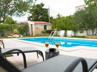 Villa Croatica Ivory Studio with Swimming Pool and Sea View
