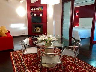 Apartment with Balcony - via Noris, 6