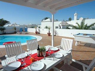 Beautiful 3 bed villa with air con in Matagorda LVC311571