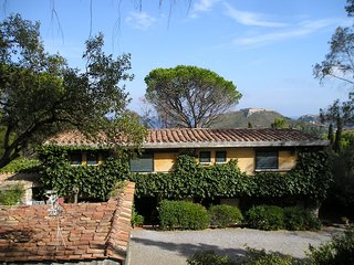 Large family villa Tuscany coast private pool long sandy beaches village 5 mins