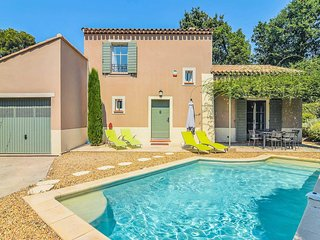 3 bedroom Villa in Saint-Remy-de-Provence, France - 5706383