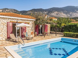 2 bedroom Villa in Mousata, Ionian Islands, Greece - 5707401