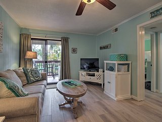 NEW! Hilton Head Villa - Walk to Beach & Coligny