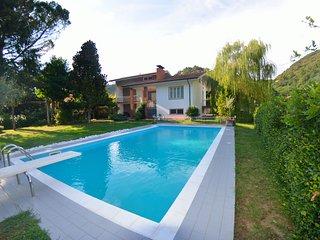 3 bedroom Villa in San Martino in Freddana-Monsagrati, Tuscany, Italy : ref 5695