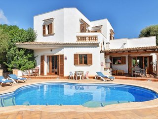 5 bedroom Villa with Air Con and WiFi - 5000755