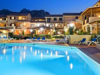 2 bedroom Apartment in Liscia di Vacca, Sardinia, Italy : ref 5519154