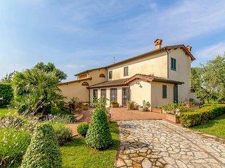 2 bedroom Villa in Le Bocchette, Tuscany, Italy - 5705366