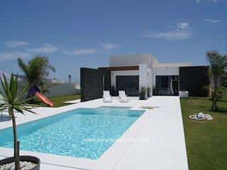3 bedroom Villa in Playa Blanca, Canary Islands, Spain : ref 5700509