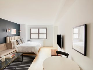 Bright Studio in Midtown East by Sonder