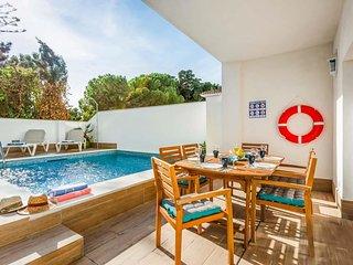 3 bedroom Villa in Nerja, Andalusia, Spain - 5703643