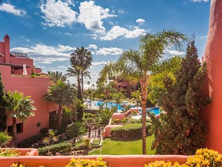Frontline Beach 2 Bedrooms Apartment Near Marbella