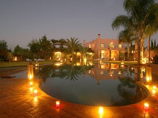 Suite Tanger 60m2 & petit-dejeuner -Villa Sofia TK