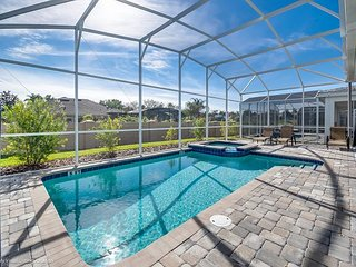 Contemporary 6BD/6BA house in ChampionsGate!