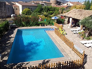 Spacious apartment in Graus with Internet, Washing machine, Pool, Terrace