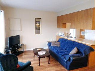 Spacious apartment in Longueuil with Parking, Internet, Washing machine, Air con