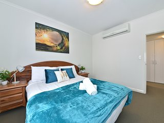Perth City Homely Apartment Bremer 0702