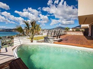 Important Group   BD477 4 Bedroom Modern Pool Villa