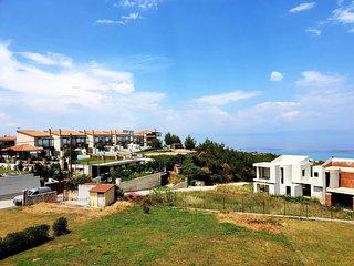 Breathtaking view Villa, Nilie Villas & Aprts