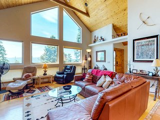 Hike, golf, fish & ski from lodge with hot tub, foosball & views!