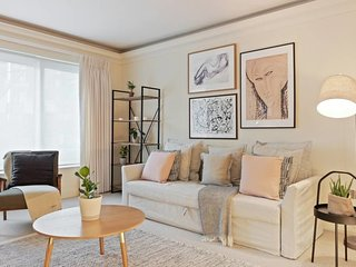 Luxury Knightsbridge 2Bed nr Harrods & Hyde Park!