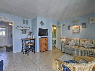 'The Nook' Cozy Condo - Walk to Hampton Beach!