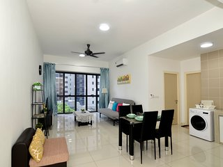 Happy Homestay Icon City Petaling Jaya near Sunway Subang Damansara