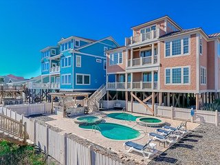 *ALL-INCLUSIVE RATES* Footprints on the Sand - Oceanfront w/ Private Pool