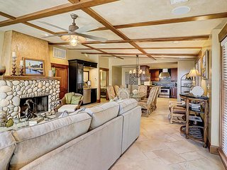 Stunning multi-level house w/ oceanfront location & private pool