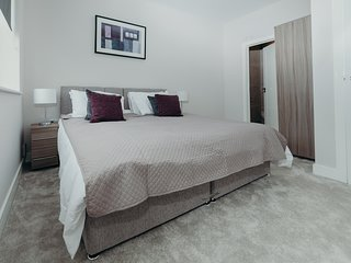 Stylish Contemporary Ground Floor Apartment in Watford