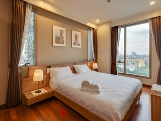 Alluring 2 Bed Apt w/ Balcony in Ashton Morph 38 Condo