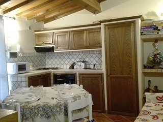 HOME EMPOLI. Casa ad uso turistico in perfetto stile toscano.